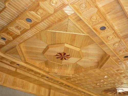 Thi công trần nhà gỗ